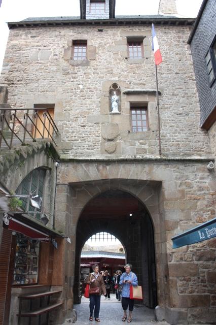 Королевские врата Мон-Сен-Мишеля