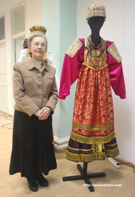 нижегородский женский праздничный костюм и его автор Л. И. Цыплакова