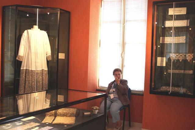Музей кружева в Аржантане. Часть экспозиции.