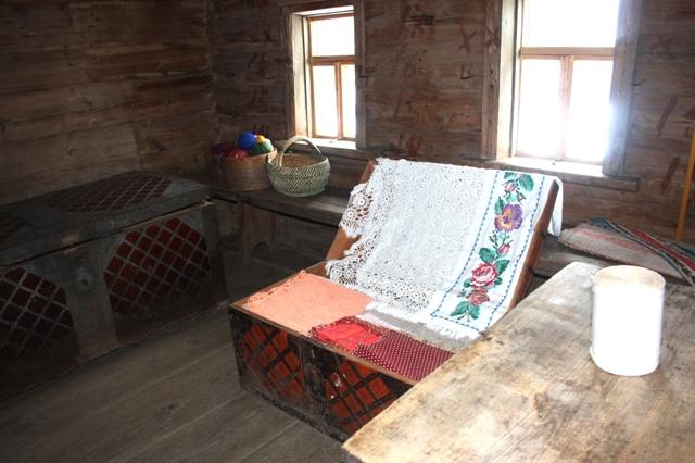 Суздаль. Музей деревянного зодчества. В крестьянском доме.