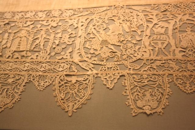 Итальянское кружево XVII века из собрания Государственного Эрмитажа, Санкт-Петербург.