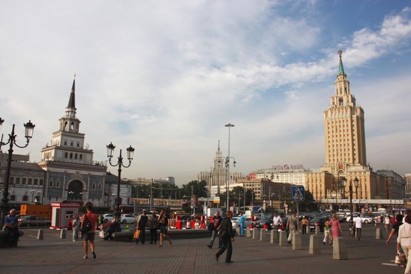 Москва. Комсомольская площадь.