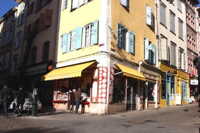 Франция, Ле-Пюи-ан-Веле. Сувенирный магазин кружева.