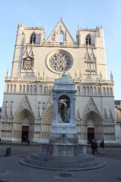 Лион. Собор Сен-Жан (Cathédrale Saint-Jean-Baptiste de Lyon).
