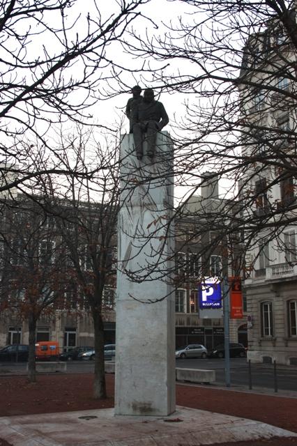 Лион. Площадь Белькур. Памятник Антуану де Сент-Экзюпери.