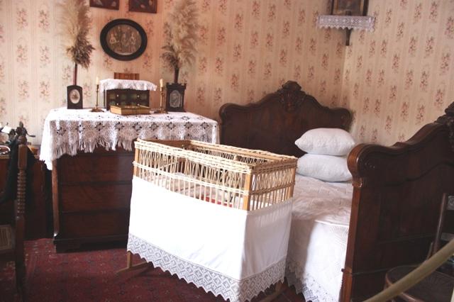 Музей академика И. П. Павлова в Рязани, спальня родителей.