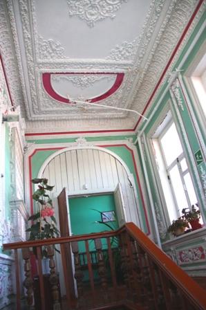 Балахна. Музей–усадьба купца А. А. Худякова. 70-е года XIX в. Парадная лестница.