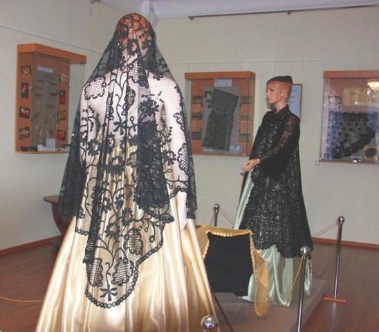 Шаль. Шелк. Многопарная техника плетения. Балахна. XIX в., «балахонский манер».