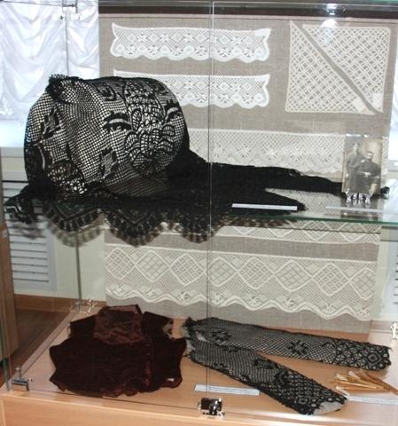 Выставка «Балахонский кружевной манер». Часть экспозиции.