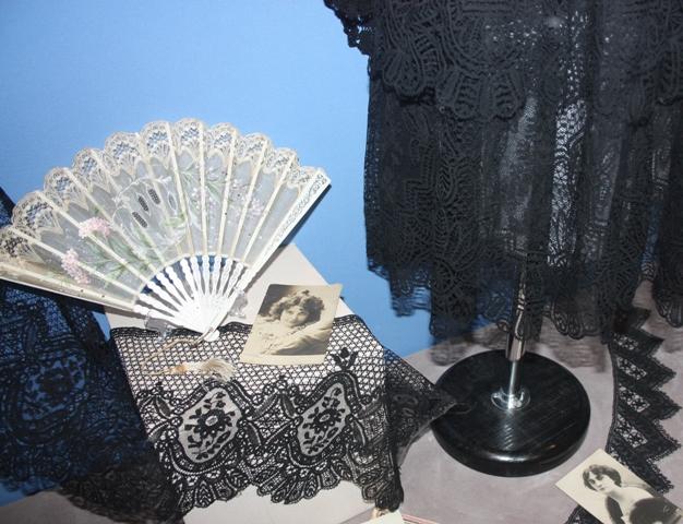 Измайлово. Выставка «Воздушные узоры». Часть экспозиции. Конец  XIX – начала XX вв. Частная коллекция.