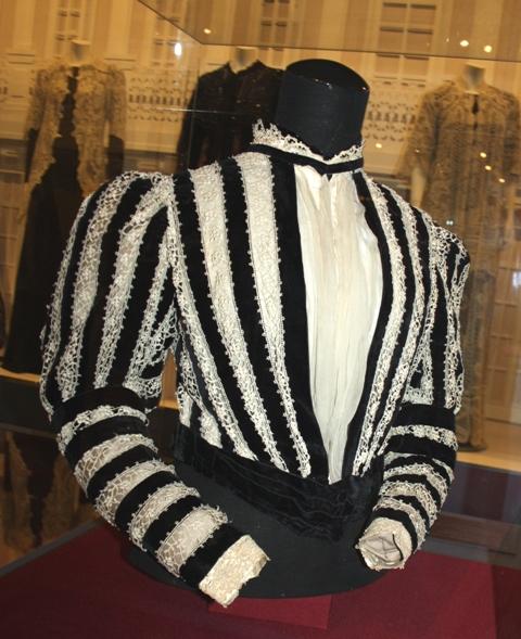 Лиф визитного платья. Дом моды «Мари Лонжерей». Париж, 1898 г.