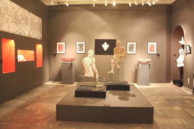Специальный художественный проект «Сверх- хрупкость» совместно с выставкой «Кружево напоказ».