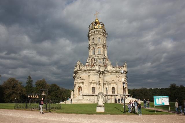 Московская область, Подольский район, Дубровицы, церковь Знамения Пресвятой Богородицы, 1704.
