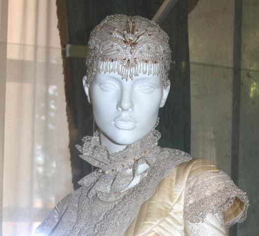 """Люблино, дворец Н. А. Дурасова, выставка В. М. Зайцева """"Прикосновение""""."""