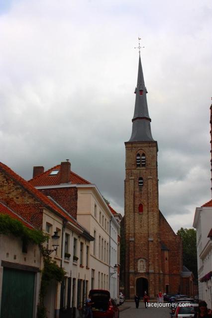 Брюгге. Церковь святой Анны.
