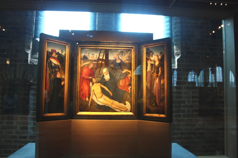 Ганс Мемлинг. Триптих Адриана Рейнса.  1480 г. Брюгге, Музей Мемлинга.