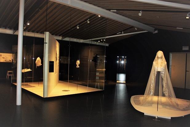 Бельгия. Кортрейк. Музей текстуры. Музей кружева и белья.