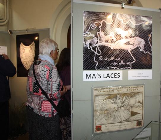 """Ипр. Колледж святого Винсента. Выставка «Кружево войны». 20 августа 2018 г. Коллекция """"Ma's laces""""."""