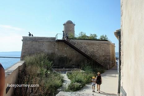 Марсель. Музей цивилизаций Европы и Средиземноморья (фр.Mucem) на форте Сен-Жан.